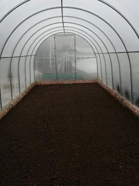 Апрельские метаморфозы. Календарь садовода. Работы в теплице. Вчера приготовила землю...