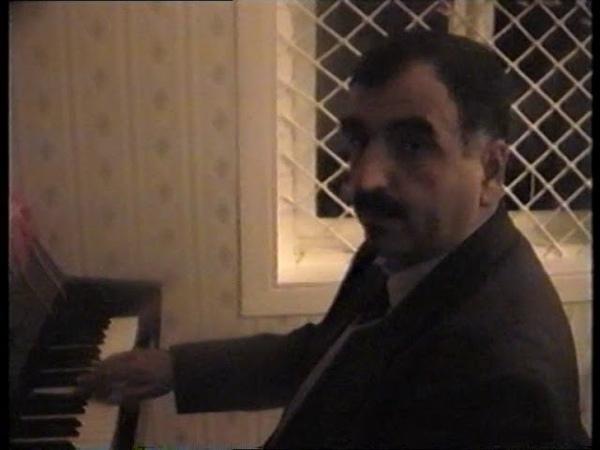 Tərəkəmə rəqsi Rövşən Zamanov ( 1999-cu il arxiv)