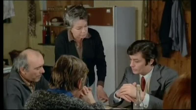 Ален Делон в хф СГОРЕВШИЕ ФЕРМЫ (Подозрение) 1973 год