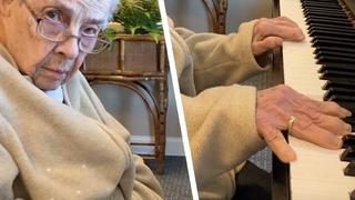 Эта Бабушка Уже не Узнает Родных. Но Стоит Ей Сесть за Рояль, и Происходит Чудо!