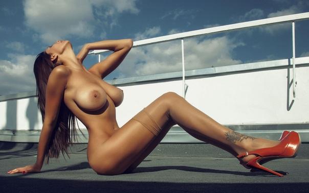 Playboy Bulgaria November Let Me Jerk 1