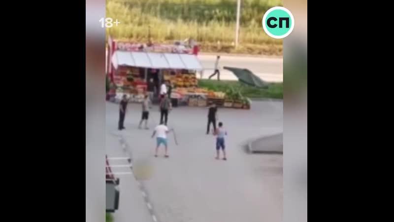 ВДВшники из Новосибирска подрались с торговцами арбузов