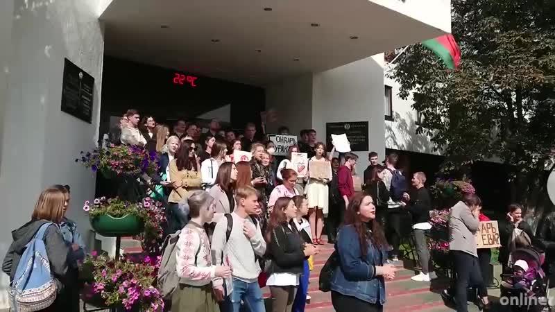 Студенты поют Купалинку