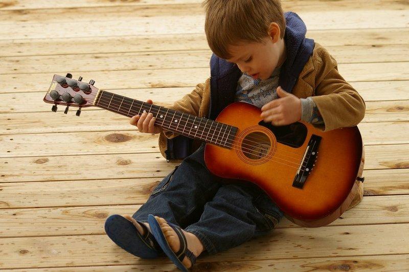 Нужен ли талант в освоении игры на гитаре? Нет.