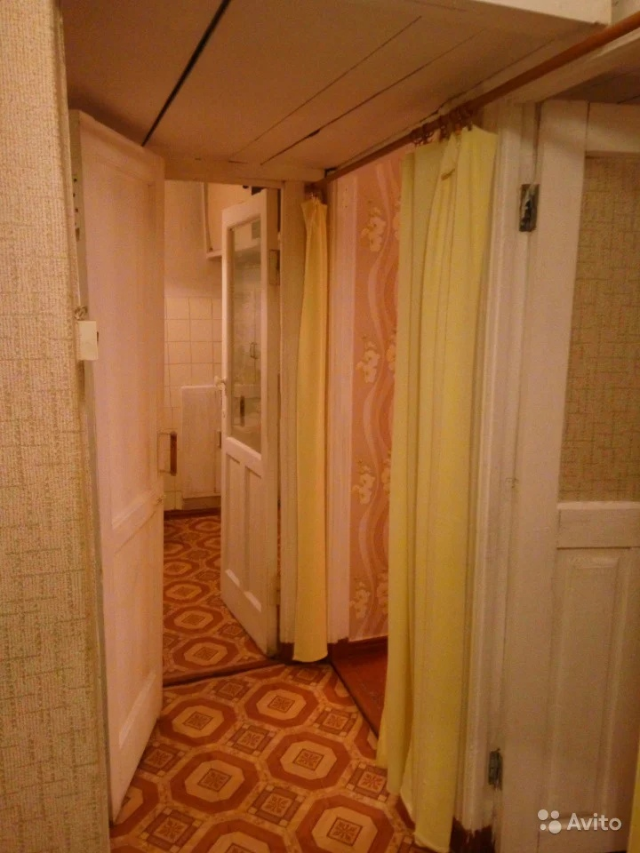 Продам двухкомнатную квартиру в районе УПП ВОС, 42 кв.