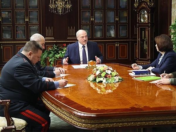Лукашенко создает вооруженные банды