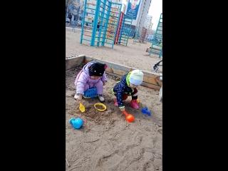 Сестры Ясина и Зайнаб