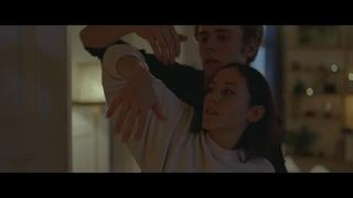 No. 4 – Hva kjærlighet er(offisiell musikkvideo)