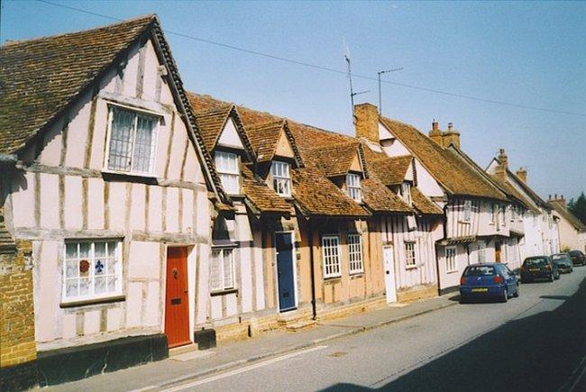 Кривая деревня в Англии, изображение №2