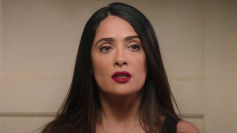 Сальма Хайек в комедии Как быть латинским любовником 2017