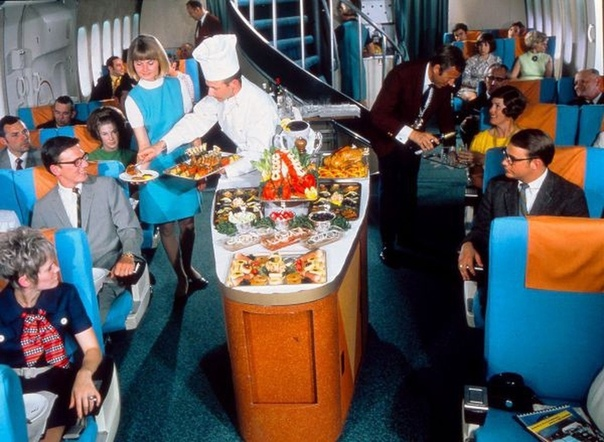 Ужин на борту самолёта Boeing 747 1975г.
