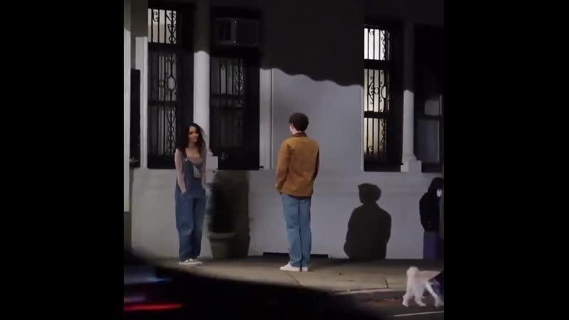 Эли Браун и Уитни Пик на съемках сериала Сплетница в Нью Йорке