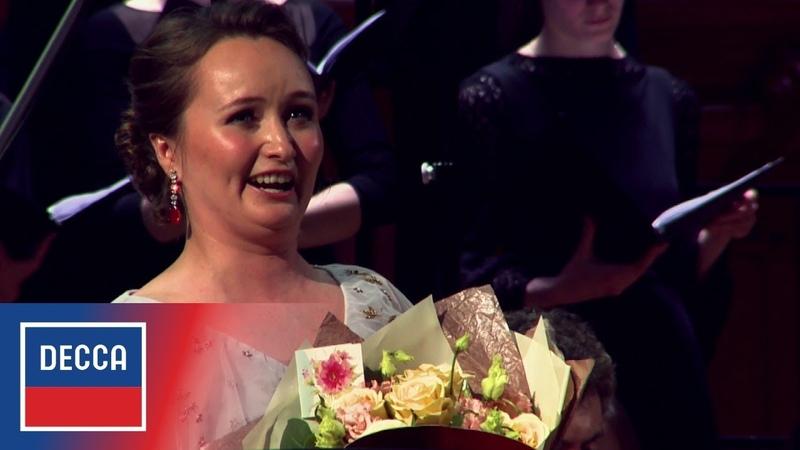 Julia Lezhneva sings Mozart's 'Laudate dominum' in Moscow, 2018