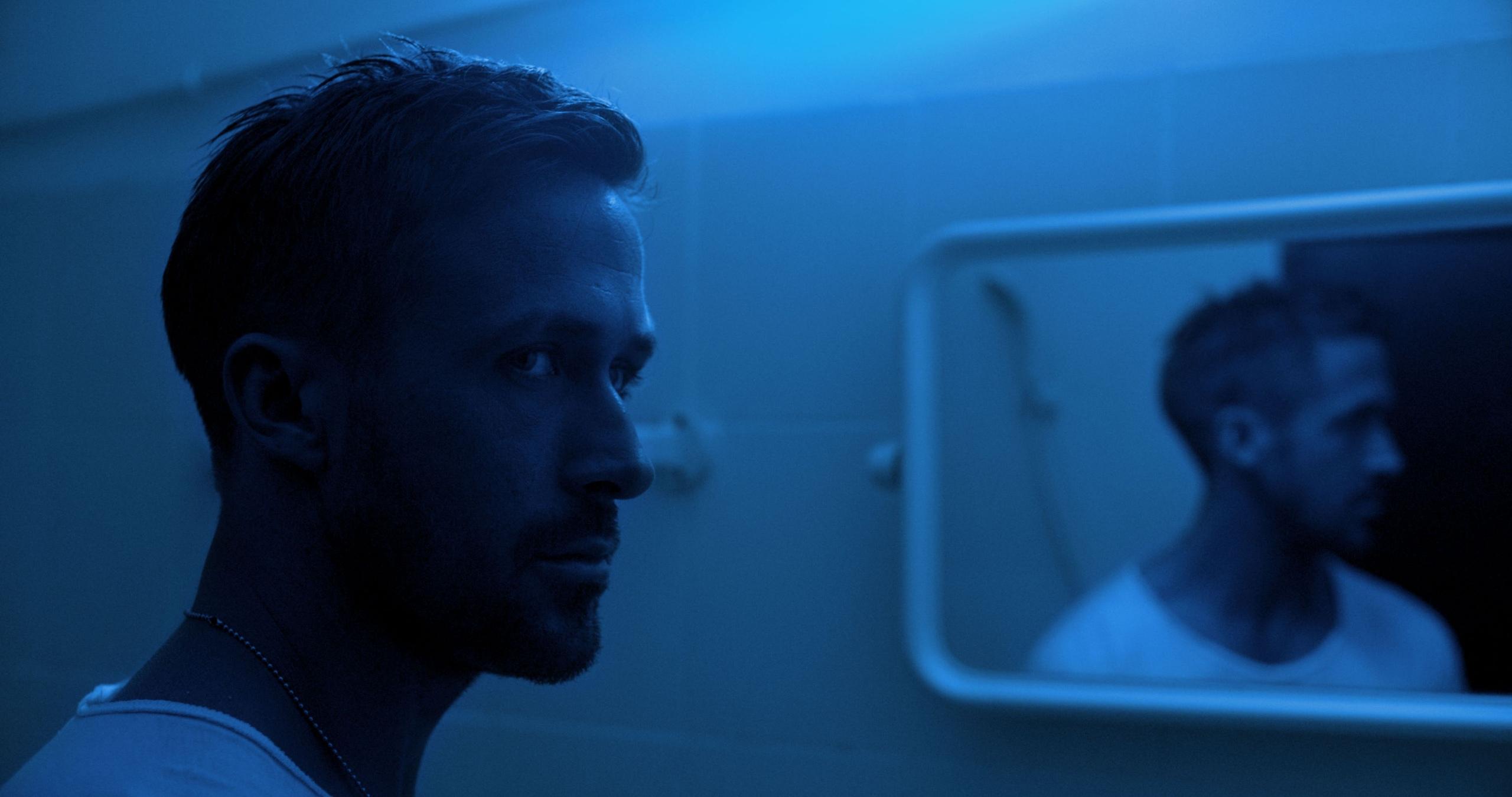 Ученые узнали, как синий свет ухудшает зрение  Коротковолно
