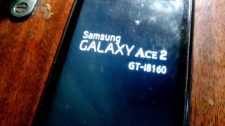 Телефон Самсунг Асе 2 GT-I8160 не загружается Висит на логотипе ((пробую перепрошить через Odin