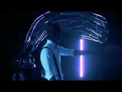 Неоновое шоу мыльных пузырей Магия из темноты