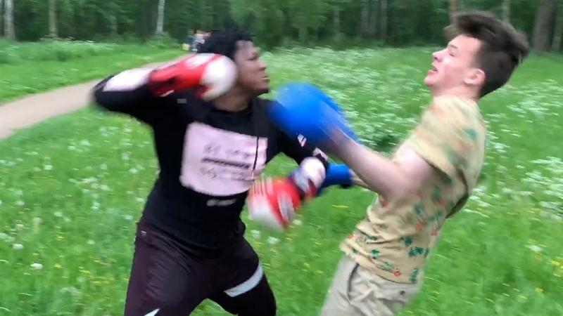 НЕГРЫ ПРОТИВ РУССКОГО BLACK LIVES MATTER МИТИНГ2020 USA FLOUD UFC NGANNOU ШВЕД БОЙ
