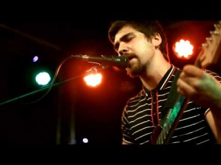 Devon's Formation - Сопровождать (live)