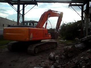 Hitachi Zaxis 230