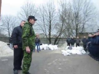 Горловская милиция переходит под оккупантов