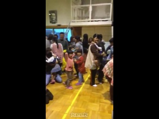 Pattiemallette in japan and jb just randomly decided to show up at an orphanage and surprise some kids. #soproud