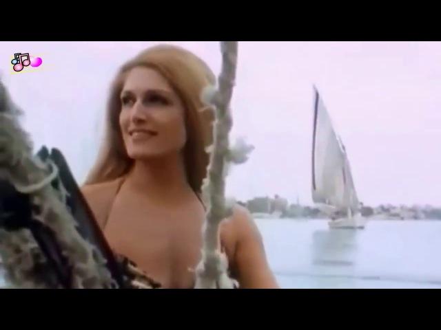 Dalida - Helwa Ya Baladi   داليدا - حلوه يا بلدى   English Subs