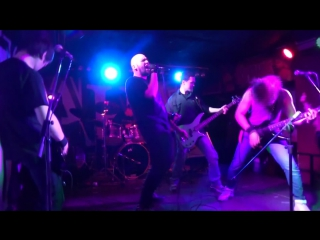 Vile sceptic live in the club 'nirvana'