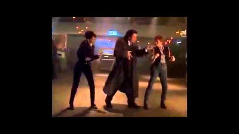 Джон Траволта танцуцет под казахский хит Асхата Торгынова - Чип Чип Чип (Мария Магдалена). Прикол