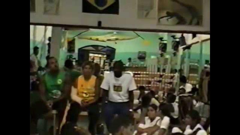 Mestre Gato Preto Doirado da Bahia Academia Energia Trovão e Bad 1ºBimestre 2001 01