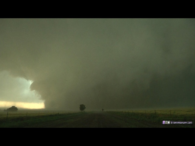Largest tornado in history, EF5, up close - El-Reno, OK - May 31, 2013