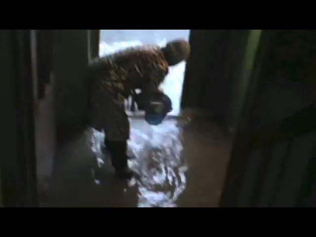 14 10 16 потоп в подъезде ул. Казачья
