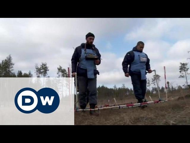 Розмінування Донбасу як допомогають британці та німці