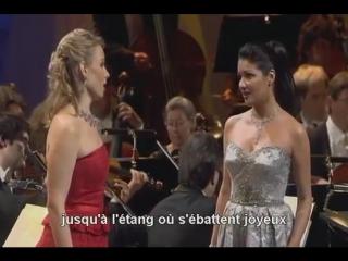 Flower duet - Anna Netrebko  Elina Garanca (Lakm de Delibes)