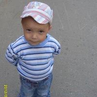 Виталий Крамер