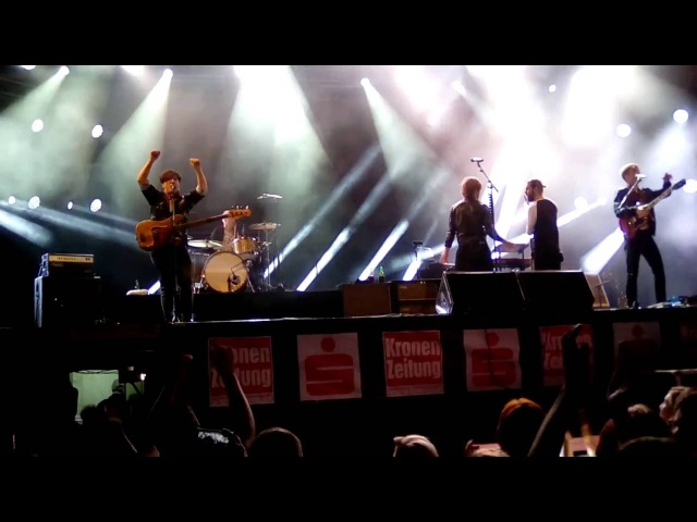 MANDO DIAO - Lady - Live @ Kronefest Linz, 20.08.2016 :: mittags.TV