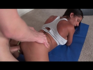 Family therapy - alexis rain - milf yoga interrupted (720p)