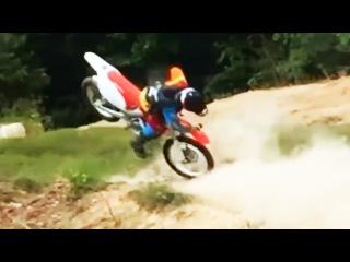 Sled Vs. Dirtbike Vs. ATV Fails Compilation  - Bring on 2016