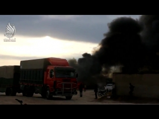 ✔ ОСОБОЕ МНЕНИЕ:  На турецко-сирийской  границе уничтожена колонна грузовиков