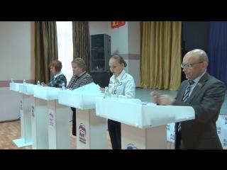 В Молодежном центре прошли первые дебаты ()