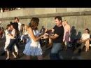 Короткие кружащиеся платья Танцы
