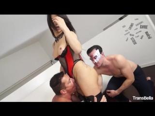 [transbella] sexy latina tranny raphaella vermont takes two hard cocks in hot threesome () rq