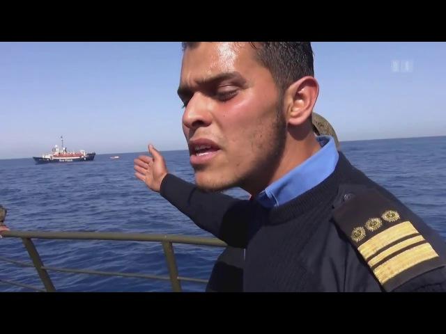 Seeschlacht um Flüchtlinge Libysche Küstenwache gegen Schlepper und NGO's.