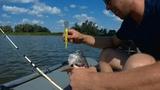 Поймал садок с рыбой рыбацкая уха рыбалка на каме