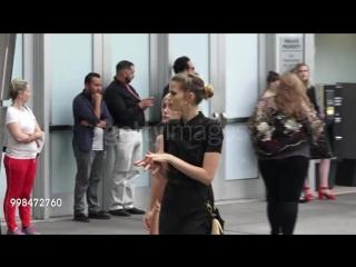 """Эбби Ли вместе с подругой Карой Стрикер на премьере фильма """"Don't Worry, He Wont Get Far On Foot"""""""