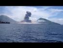 Взрыв вулкана. Папуа - Новая Гвинея.