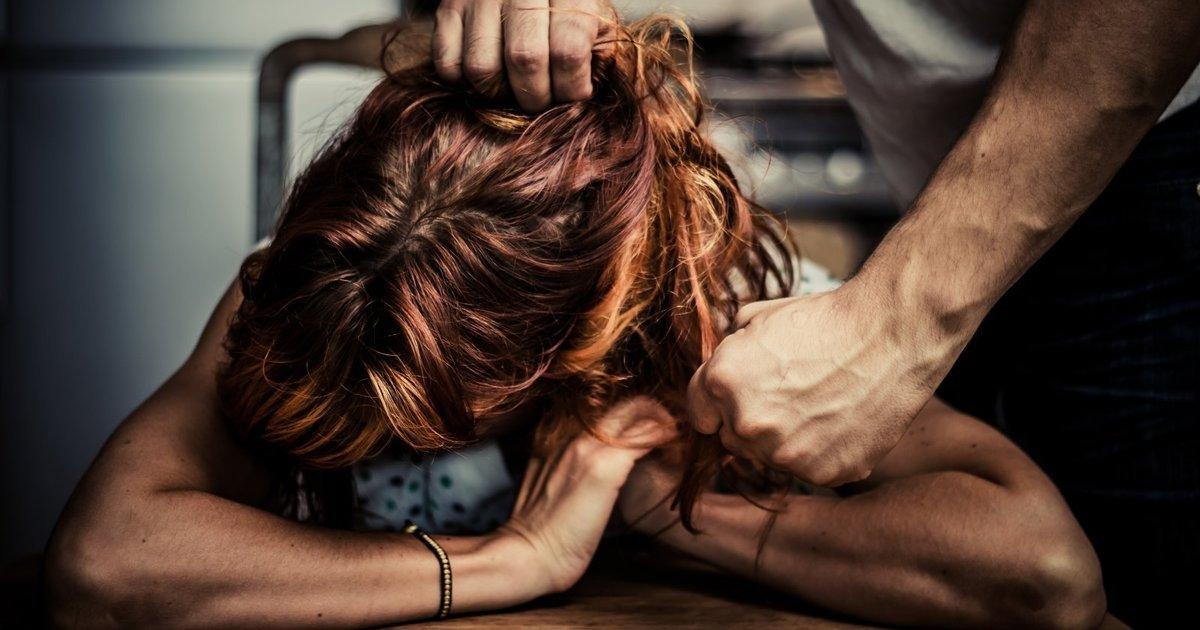 """Супружеская пара из Томской области """"отсидит"""" за сексуальное насилие над знакомой женщиной"""