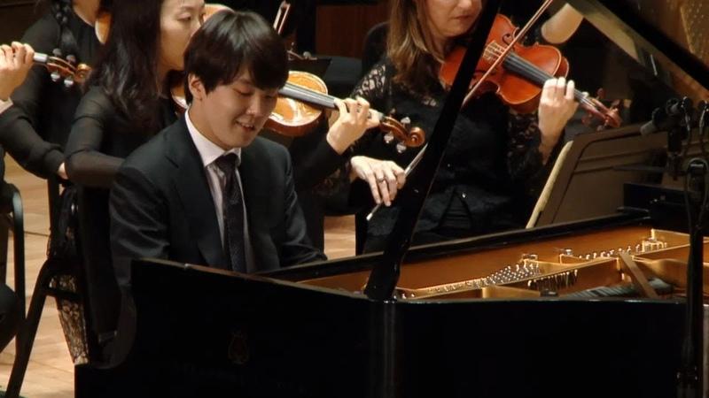 Seong-jin Cho Chopin piano concerto No.1 (2018)