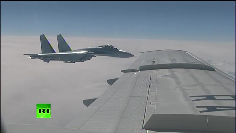 Су-27 отогнал истребитель НАТО от самолета Сергея Шойгу над Балтикой!