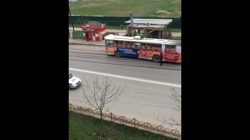 Э, троллейбус, проезжай (VHS Video) (720p).mp4