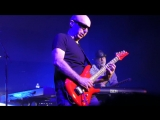 Joe Satriani - Thunder High On The Mountain - G3 2018